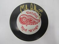 Mike Sillinger Signed Autograph Detroit Red Wings Puck    *