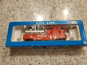Life-Like | Great Northern Railroad | Track Cleaning Car | No. 08584 | HO Scale