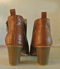 Euro Soft Animal Pattern Womens Ankle Boots Heel Brown Cognac Sz 8.5 NEW $90