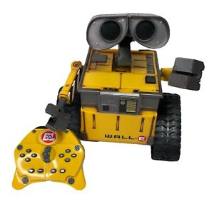 Disney Wall-E Pixar U-Command Thinkway Robot Toy w/ Remote! RC (Read)