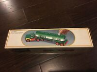 1984 Hess Fuel Tanker Toy Truck Bank,Vintage