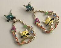 Adorable cat earrings enamel on gold tone metal