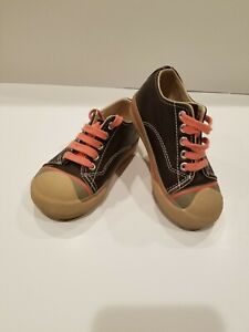 Morgan and Milo Little Boy Brown Sneakers Size 8