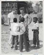 JAMES DEAN East of Eden ELIA KAZAN Afro-US Chidren Enfants Tournage Photo 1955