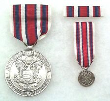 Us Department of Commerce Silver Medal, type 2 military drape, complete set
