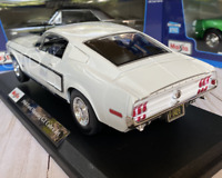 Official 1968 Ford Mustang GT Cobra Jet Maisto 1/18 Classic Diecast Model Car