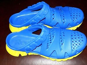 Reebok Chunky Lightweight Sandals in Blue & Yellow Size 5.1/2 UK