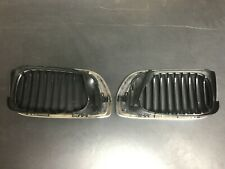 BMW 3M FRONT KIDNEY GRILL CHROME INSERT LEFT RIGHT 51137072130 51137072129