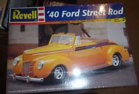 REVELL 1940 FORD CONVERTIBLE STREET ROD 1/25 MODEL CAR MOUNTAIN FS