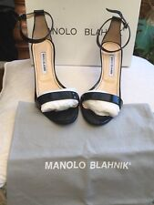MANOLO BLAHNIK 'CHAOS' BLACK PATENT SINGLE BAND SANDALS. SIZE 40.5 Uk 7 (1/2)