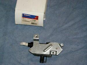 ACDelco/GM  12368621 door lock actuator Right Rear power sliding door