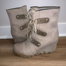 Sorel Joan Of Arctic Mid Wedge Light Tan Kettle Fog Gray Lace Boot 8.5 Spring