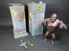 King Kong Against the World 1976 Mego w/ Box RARE World Trade Center WORKING