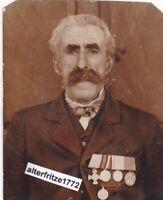 Foto Portrait alter Soldat mit 4 er Spange 5 Orden Auszeichnung