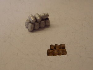 P&D Marsh N Gauge N Scale B488 Stack of small barrels casting requires painting