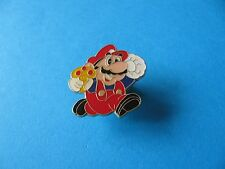 1993 Super Mario pin badge, Enamel.™© Nintendo. Publipin.  Toadstool.
