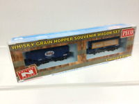 Peco NR-P503 N Gauge Bulk Grain Whisky Wagon Set Grant's and Haig