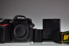 ** Near MINT ** NIKON D7200 24.2 MP Digital Camera Body Shutter Count 11089