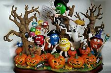 Danbury Mint  M&M Haunted Pumpkin Patch Amazing Piece Lights UP