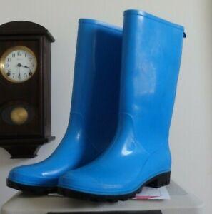 Bright Blue Mid Calf rain rubber boots wellies  9 EUC
