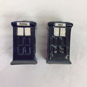 Doctor Who Tardis Shaped Salt and Pepper Shaker Set Collectable Novelty