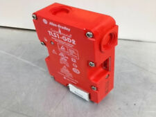 UpTo 3 NEW at MostElectric: 440GT27172 NEW