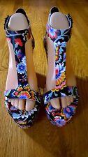 "SAMPLE-NWOB Loeffler Randall ""MINETTE"" Black Silk/Linen/Floral Platform Sandal 7"