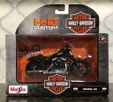 Harley Davidson 2014 Sportster Iron 883 Diecast 1:12  by Maisto