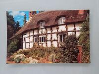 Vintage Postcard - Cotswold Thatch (181)