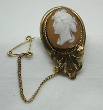 Lovely Antique Gold Pinchbeck Mounted Carved Cameo Brooch