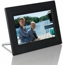 Logik 16:9 Digital Photo Frames