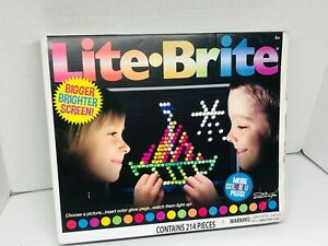 Lite Brite ~ Hasbro Color Glow Pegs ~ Watch them Light Up! ~ Light Bright ~ Toy