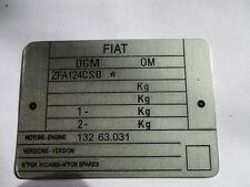 Placa identificadora FIAT Cartel id S24 124 OSC 00 Pininfarina EE.UU. Spider s27