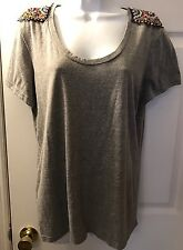 DAYTRIP The Buckle Beaded Shoulder Top Tee Shirt Gray Knit Scoop Neck Sz L