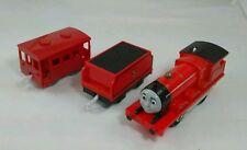 Thomas & friends James  red Engine & cars R9216