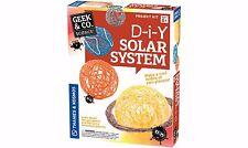 Sistema Solar hazlo tú mismo Kit completamente nuevo por Geek & Co Science! edades 8+ aprender acerca de planetas