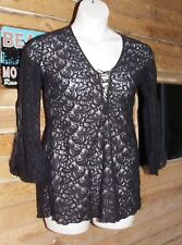 DELICATES STRETCHY NYLON LACE TOP SZ M LACED BELL SLEEVES Freeeeeeeeee shipping!