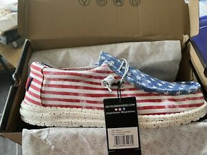HEY DUDE WALLY STARS N STRIPES MENS SHOES SIZE 12 - NO RESERVE