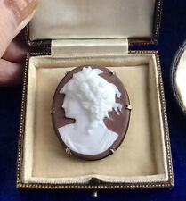**** STUNNING LARGE ANTIQUE VICTORIAN SILVER & GLASS CAMEO SET BROOCH ****
