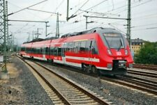 PHOTO  GERMAN RAILWAY -  DB REGIO DEUTZ TALENT 2 CLASS 442  EMU NO 442 148