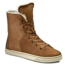 Ugg Croft Leather LACE-UP BOOTIES, Brown/Chestnut Size 9  (EU 40 )