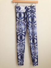 Lululemon Ink Blot Wunder Under Pant Blue White size 2 RARE