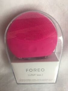 New FOREO Luna Mini 2 Facial Cleansing Massager Hygienic Silicone USB Charge