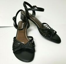 Naturalizer Strappy Low Heels Size 8M