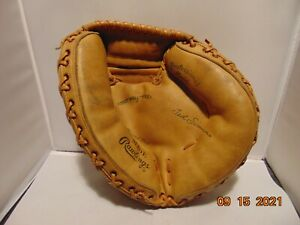 Ted Simmons Rawlings vintage catchers mitt professional model MJDE great shape
