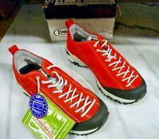 Chaussures basses de randonnée Kimberfeel Chogori rouge. Vibram taille 36