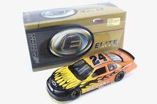 2006 JEFF GORDON #24 Dupont Track Tested 1:24 diecast car Monte Carlo Elite RCCA