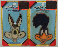 2 1989 COAT HOOK Figures Looney Tunes ROADRUNNER & WILE E COYOTE Warner Brothers