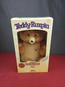 Vintage 1985 Teddy Ruxpin Talking Bear  In Box TESTED AND WORKING TAPE AND BOOK