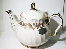 Vintage Unused Sadler England Gold Floral And Trimed 4 Cup Tea Pot (FINE CHINA)